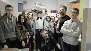 Słupscy uczniowie robią kiszonki promując zdrową żywność