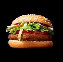 McDonald's sprzedał 150 tys. burgerów McVegan w miesiąc