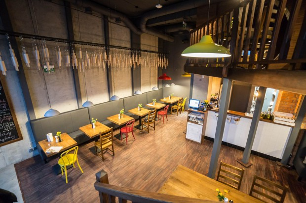 Sfinks otwiera w Warszawie swój lokal Fabryki Pizzy