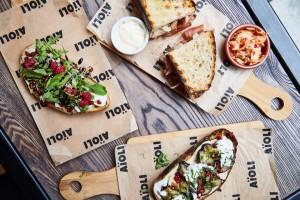AïOLI Bread&Aperitivo – nowy koncept na kulinarnej mapie stolicy