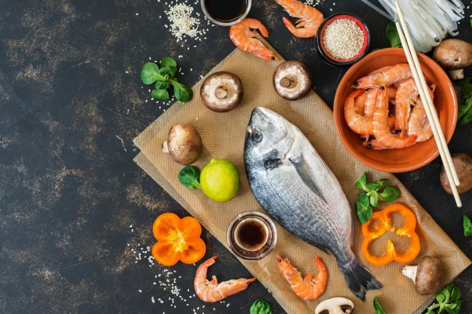 Carrefour: Wzrasta zainteresowanie produktami kuchni tajskiej, chińskiej i japońskiej