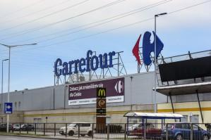 Carrefour: Wybrane sklepy zmienią godziny otwarcia w piątki i soboty