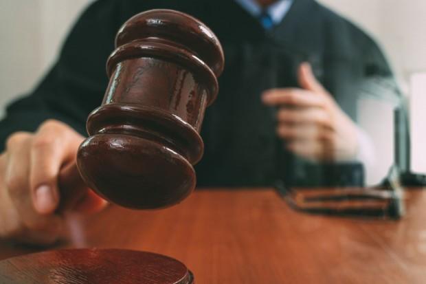 Stowarzyszenie Twoja Sprawa składa pozew w sądzie ws. odniesienia do seksu oralnego w reklamie energetyków