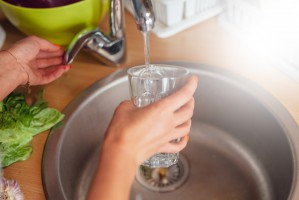 Kraków promuje picie wody z kranu
