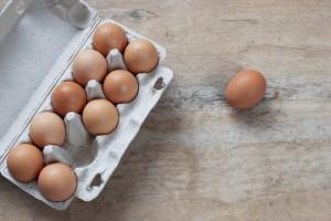 Grupa Eurocash wycofuje jajka z chowu klatkowego