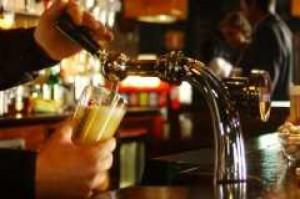 Łódzkie samorządy myślą o wprowadzeniu nocnego zakazu sprzedaży alkoholu