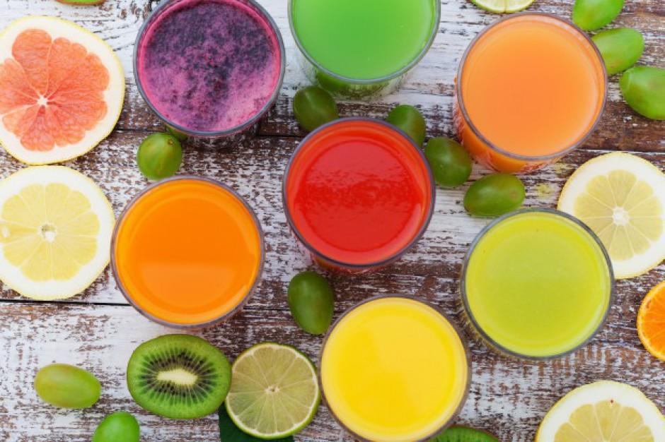Owoce, warzywa i soki pomagają oczyszczać organizm