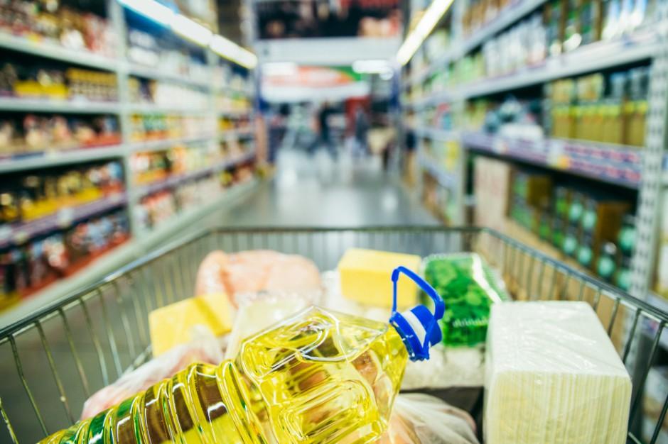 W ubiegłym roku zmieniono skład 33,7 tys. produktów spożywczych na zdrowszy