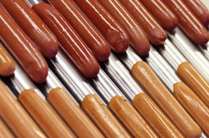 Orlen dopłaci do hot dogów kilka milionów złotych