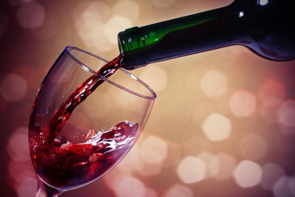 Eksperci: globalne ocieplenie zmieniło włoskie wino i termin winobrania