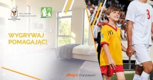 Wyjście na murawę podczas FIFA w aukcji charytatywnej McDonald's