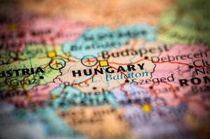 Na Węgrzech rozpoczęły się wybory parlamentarne