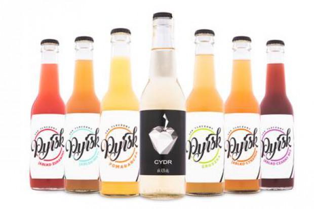 Pyrsk zainwestował w nowe opakowania i etykiety soków