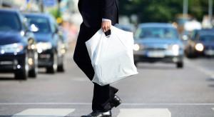 Naukowcy: Torby foliowe mniej szkodliwe dla środowiska niż papierowe i bawełniane