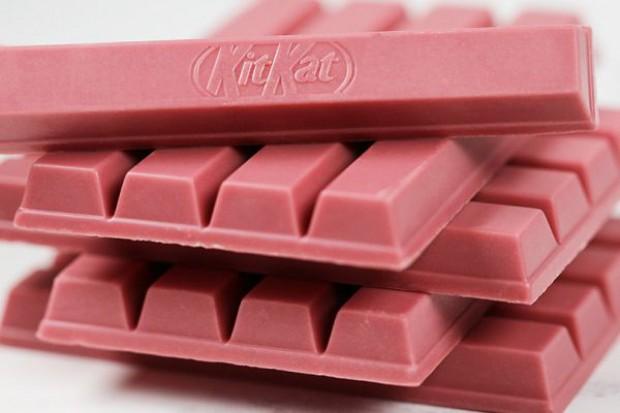 Nestle wprowadzi wkrótce do Polski różowe batony Kit Kat
