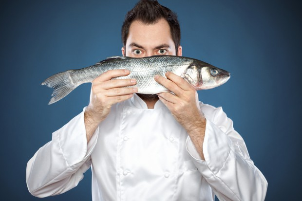 Ryby coraz droższe, spożycie spada. Jak temu zaradzić? (analiza)