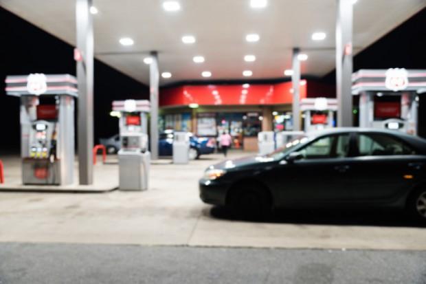 Badanie: Milenialsi nie są zainteresowani zakupami na stacjach paliw w niehandlowe niedziele