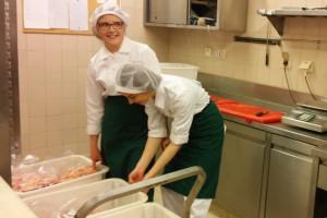 Zdjęcie numer 1 - galeria: Lech - Garmażeria Staropolska uczy zawodu w ramach szkolnej współpracy