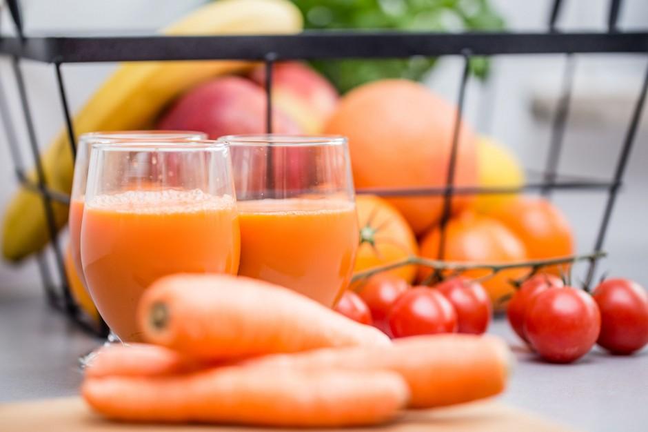 Dieta bogata warzywa i owoce pozytywnie wpływa na stan zdrowia