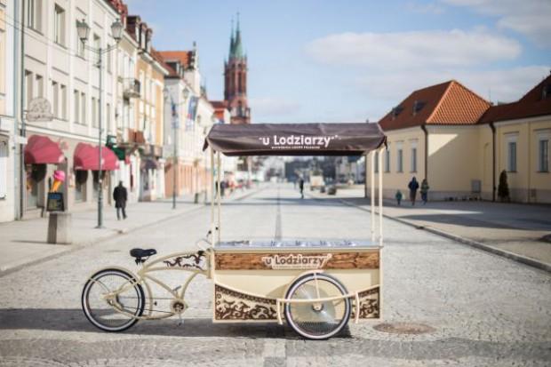 Wytwórnia Lodów Polskich wypuściła na rynek riksze do sprzedaży lodów