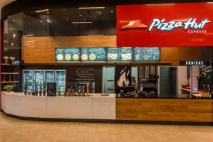 Pizza Hut Express z pierwszą restauracją w Łomiankach