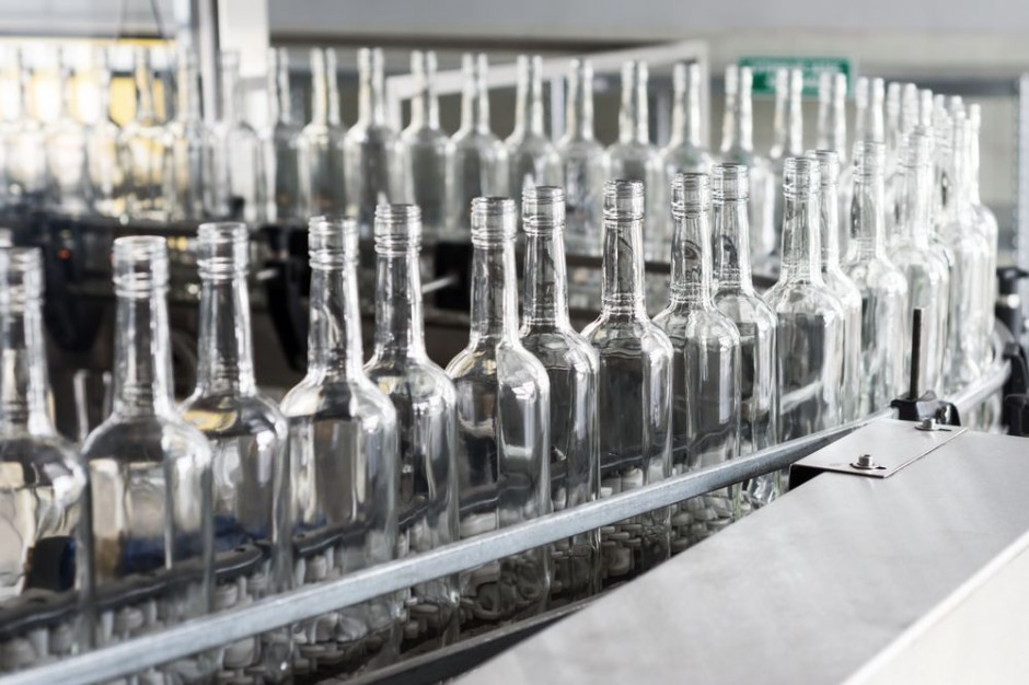 Polacy muszą podszkolić się z recyklingu szklanych opakowań