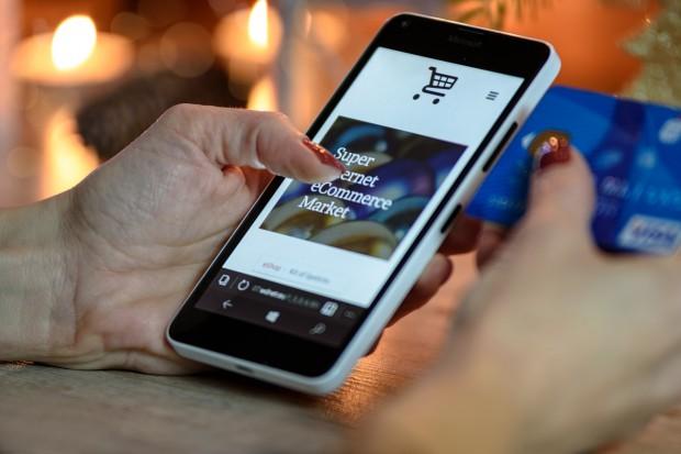 Media społecznościowe wywrócą tradycyjny handel?