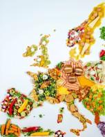 Uber Eats: najpopularniejsza w Europie jest kuchnia amerykańska, prawie 70 proc. Europejczyków wybiera burgera