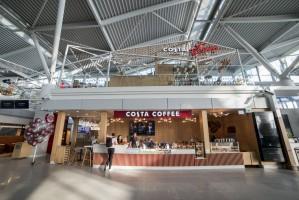 Costa Coffee: Restauracyjny koncept marki na warszawskim lotnisku (zdjęcia)
