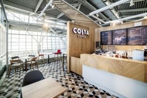 Zdjęcie numer 1 - galeria: Costa Coffee: Restauracyjny koncept marki na warszawskim lotnisku (zdjęcia)