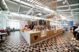 Zdjęcie numer 2 - galeria: Costa Coffee: Restauracyjny koncept marki na warszawskim lotnisku (zdjęcia)