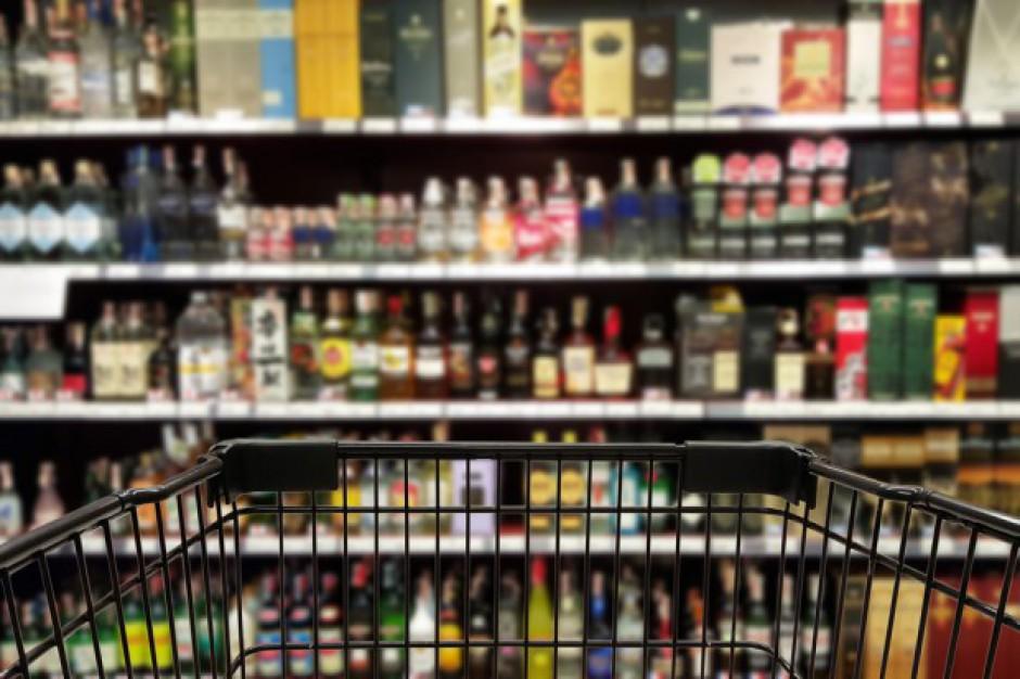 Resort zdrowia chce utrudnić sprzedaż alkoholu nieletnim