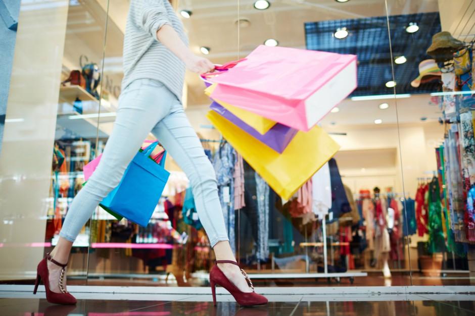 Nielsen: Wkraczamy w erę konsumpcjonizmu hybrydowego