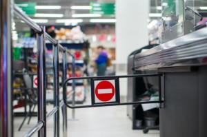 Sklepy z odzieżą i usługami najbardziej stratne przez zakaz handlu w niedziele