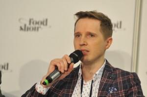 Moda na weganizm jest zauważalna, ale większość Polaków wciąż je mięso