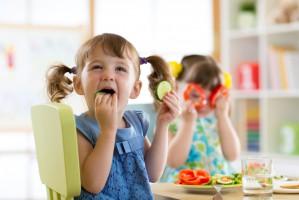 Nie tylko producenci żywności powinni decydować, które z ich produktów są wystarczająco zdrowe dla dzieci