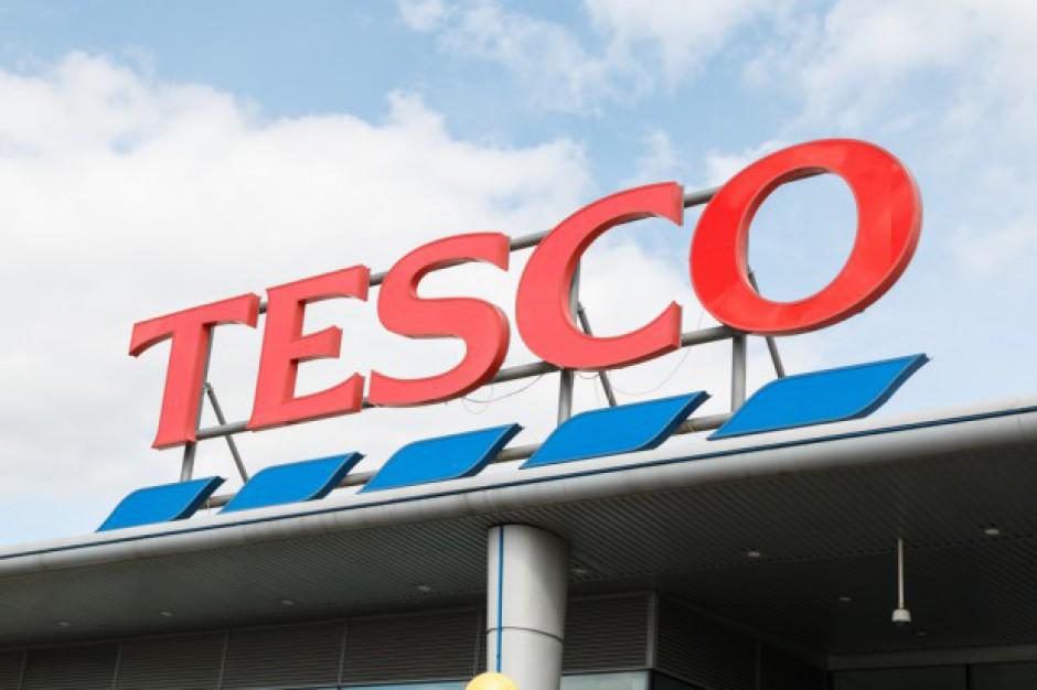 Tesco zamyka trzy nierentowne sklepy