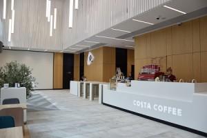 Costa Coffe otwiera lokal w biurowcu Spark na warszawskiej Woli