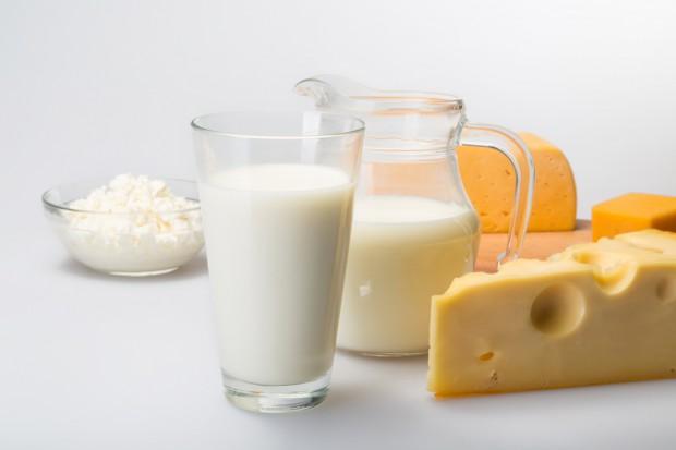 Rynek mleka w UE w I kw. 2018 r.: Polska liderem w przyroście produkcji serów, mleka pitego i śmietany