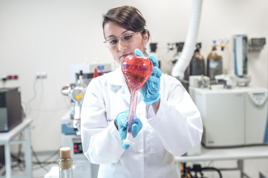 Łódź: Powstało pierwsze w Polsce laboratorium autentykacji win (zdjęcia)