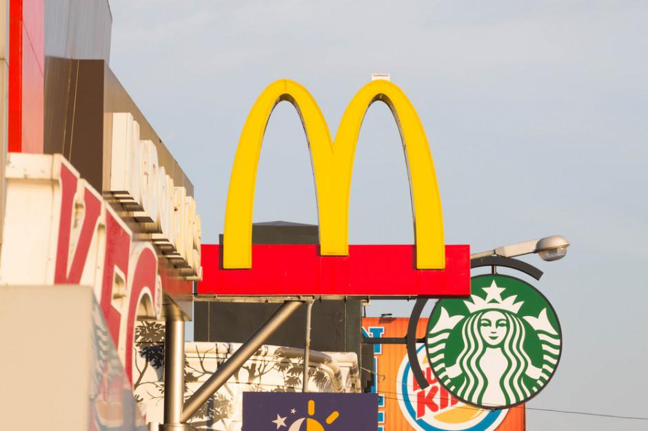 McDonald's i Starbucks ukarane w Indiach za plastik