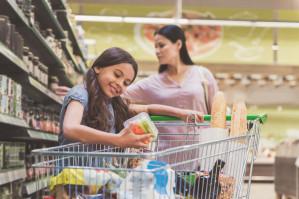 Jakość, cena i bezpieczeństwo żywności kluczowymi czynnikami zakupowymi dla matek