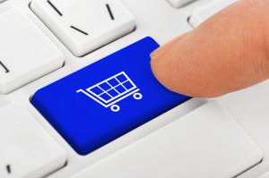 Badanie: Internauci coraz chętniej kupują w zagranicznych serwisach