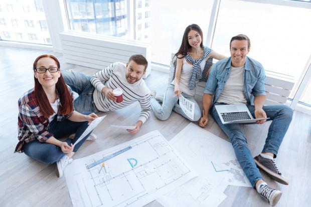 Pokolenie Y i millenialsi coraz mniej przywiązani do pracodawcy