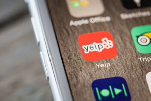 Sąd: Negatywne opinie o restauracjach w serwisie Yelp dozwolone