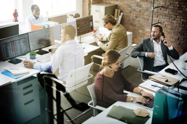 Siedem najnowszych trendów kształtujących miejsca pracy