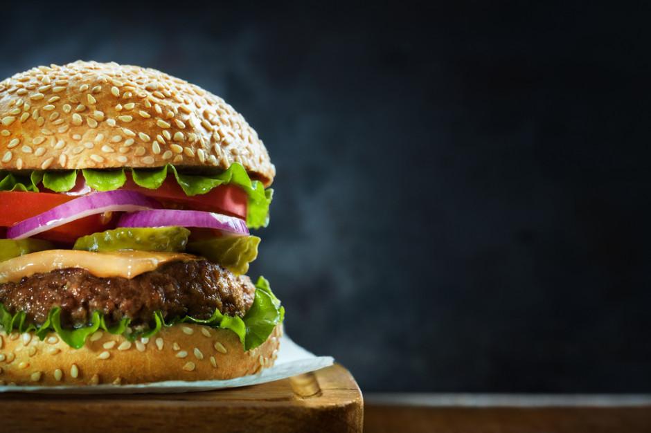 Naukowcy: Hamburgery sprzyjają astmie i alergiom