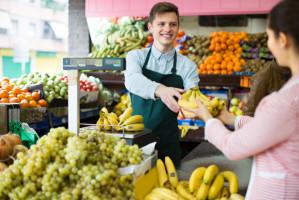 Eksperci: Zawód sprzedawcy niedługo może zniknąć
