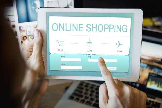 44 proc. polskich internautów nie kupuje online. Dlaczego?