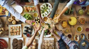 Konsumenci powyżej 50. coraz częściej jadają w restauracjach. Czy restauratorzy widzą ten trend?
